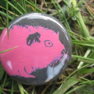 BUTTON Kopf pink auf schwarz