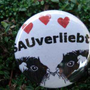 "Button ""sauverliebt"""
